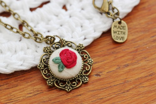 Josie Makes... Stitched Red Rose Pendant